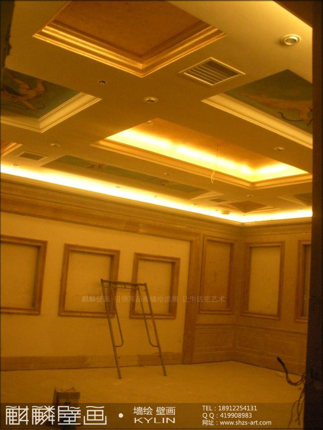 麒麟壁画工作室业务范围:1、大型酒店、公司、会所、广场高档壁画(酒店大堂壁画、大堂天顶、会议厅、主题餐厅壁画、特色包房壁画、广场主题壁画)2、现代家庭装饰画、油画(原创无框画、有框画)、时尚墙画(电视背景墙、沙发背景墙、卧室、儿童房间、餐厅、走廊)3、公共场所宣传画、装饰性大型墙体画(幼儿园、建筑物外墙、厂房、通道、房地产围墙墙绘)。4、古建筑彩绘工程(寺庙、寺院、古建筑等)5、3D立体画6、隐形画 本工作室推荐相关手绘常识,请登录